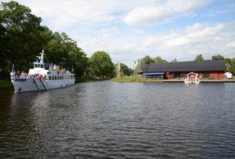 Hjälmare Docka från en kanalbåt.