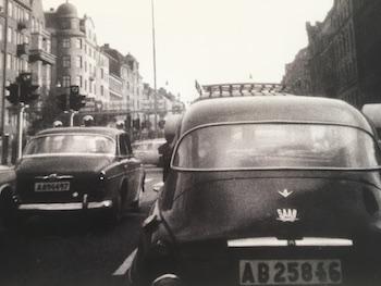 """Tore Bergers foto """"Bilen till stan"""""""