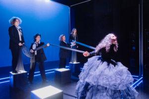 Bild ur föreställningen. Foto: Ola Kjelbye