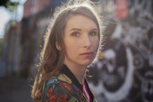 författarfoto Sofia Runarsdotter