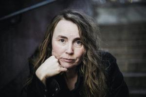 författarporträtt MAlin Isaksson, foto Johanna Arnberg